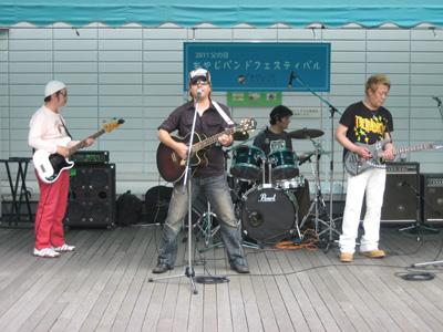 おやじバンドフェスのために結成されたスペシャルバンド「西明石南Band」